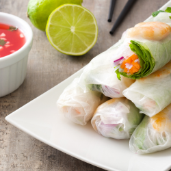 MARINATED BEEF, CARROT AND LETTUCE SPRING ROLLS